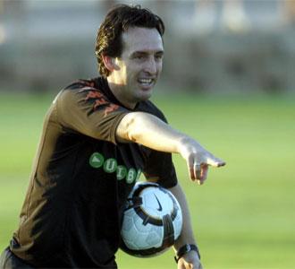 Unai Emery, en un entrenamiento de esta pretemporada con el Valencia