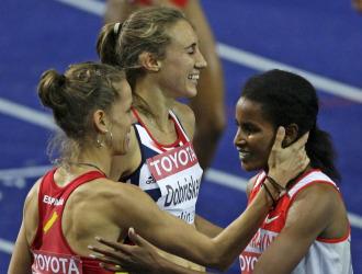Natalia da la enhorabuena a Jamal