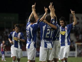 El Espanyol le dedica su primer gol del partido a Jarque