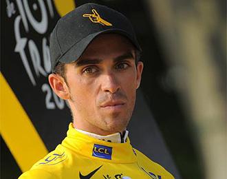 Contador tras ganar su segundo Tour