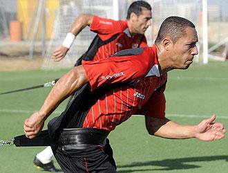 Adriano, quien no se recuperó de su lesión