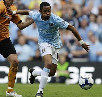 Robinho jugando con el City