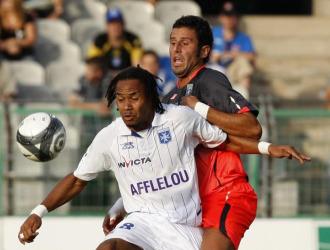 Grosso, en un partido con el Lyon