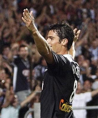 Gourcuff celebra un gol con el Girondins.