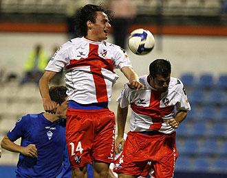 Nico Medina durante un partido con el Huesca