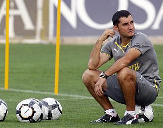 Ernesto Valverde durante un entrenamiento con el Villarreal