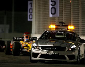 El Reanult de Fernando Alonso tras el 'safety car' en Singapur