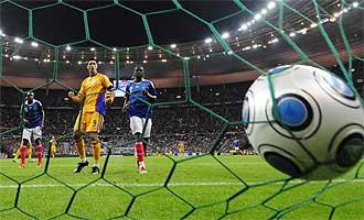 El gol de Rumanía fue del sevillista Escudé en propia puerta.