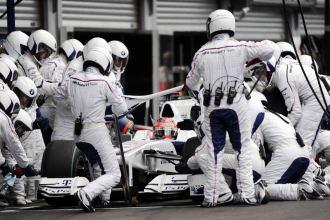 Robert Kubica, en el box de BMW-Sauber, durante el pasado GP de Bélgica.