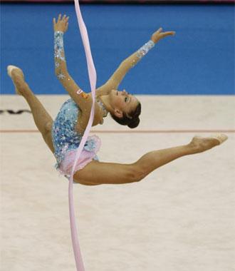 Kanaeva, en su ejercicio de cinta de la final individual.