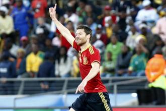 Xabi Alonso celebra un gol con la selecci�n nacional en la pasada Copa Confederaciones