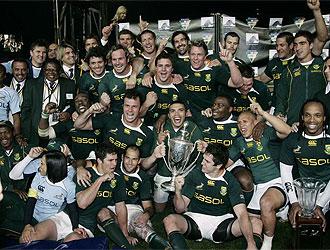 Los Springboks posan con el t�tulo