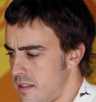 Fernando Alonso confía en la salida.