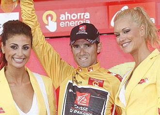Alejandro Valverde con el jersey oro