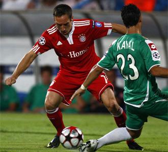 Rib�ry fue titular con el Bayern
