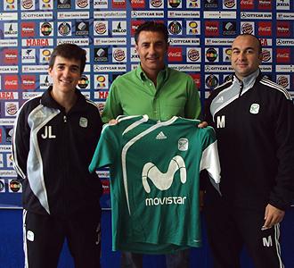 Juanlu y Mïchel posan con la camiseta del Inter Movistar.