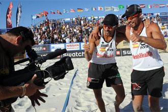 Pablo Herrera y Adrián Gavira celebrando su pase a la final del World Tour de Marsella.