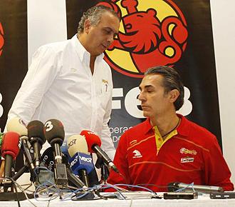 José Luis Sáez y Sergio Scariolo durante una rueda de prensa