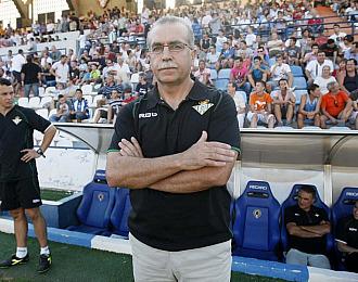 Antonio Tapia durante un partido con el Betis