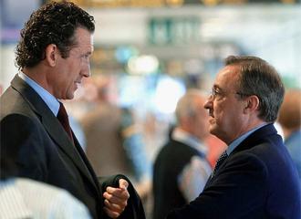 Valdano y Florentino Pérez en una imagen de archivo