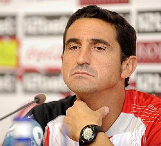 Manolo Jiménez, durante una rueda de prensa.