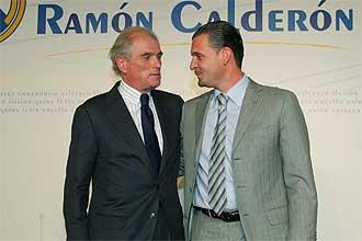 Ramón Calderón y Pedja Mijatovic, durante la presentación de la candidatura del primero a la presidencia del Real Madrid.