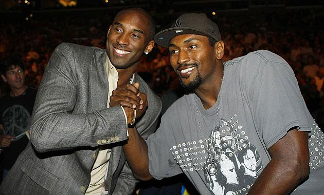 Kobe Bryant y Ron Artest en el Staples Center de Los �ngeles