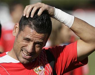 Palop durante un entrenamiento con el Sevilla