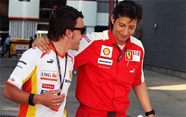 Fernando Alonso y Massimo Rivola (Team Manager de Ferrari)