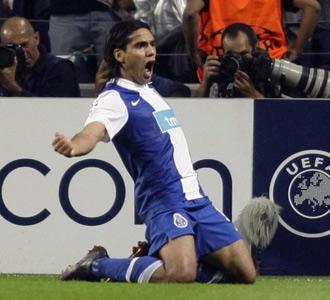Falcao celebra el primer gol del partido