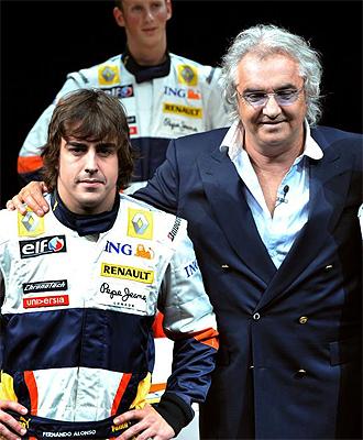 Flavio Briatore y Fernando Alonso, en una imagen de archivo