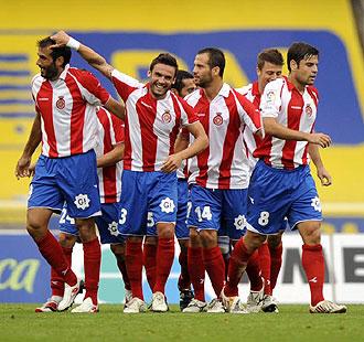 Los jugadores del Girona han celebrado hasta el momento cuatro goles, como la alegr�a de la imagen en Anoeta, pero todav�a no han podido celebrar una victoria