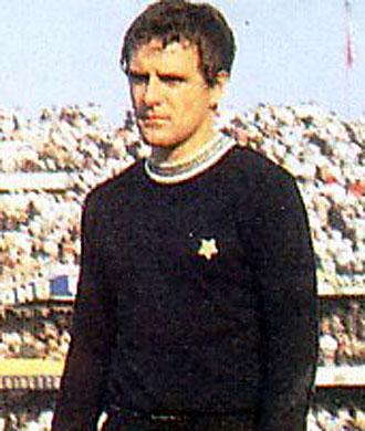 Roberto Tancredi, en una foto antigua de su �poca como portero de la Juventus