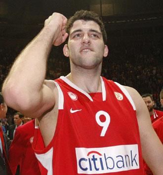Gioannis Bourousis, uno de los jugadores que han estado en USA