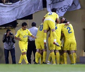 Los jugadores del Villarreal celebran un gol durante un partido