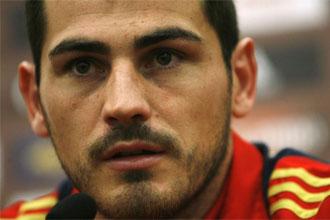 Iker Casillas en rueda de prensa.