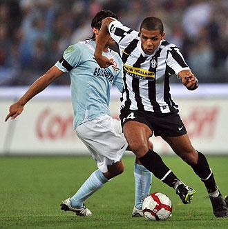 Felipe Melo jugando con la Juventus