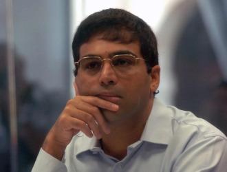 Anand, en una partida