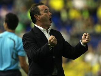 Juan Ignacio Martínez celebra un gol