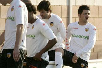 Villa se entrena junto a sus compañeros.
