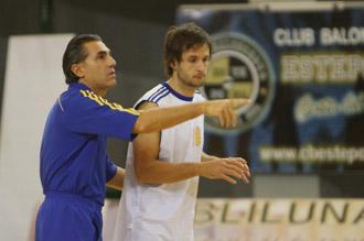Scariolo y L�pez, en un entrenamiento del Khimki.