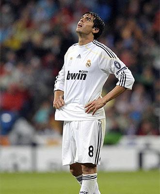 Kak� se lamenta en un lance del partido ante el Milan.