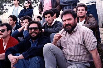 Lino Plaza, el primero de la derecha con su peculiar y famosa barba, en una foto de archivo de hace muchos años en el Central de la Ciudad Universitaria de Madrid