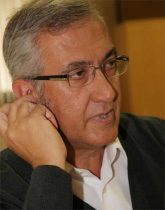 Gregorio Manzano durante una entrevista.