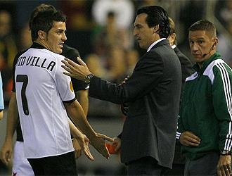 Emery habla con Villa después de su expulsión