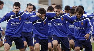 Jugadores del Zaragoza durante el entrenamiento del pasado jueves.