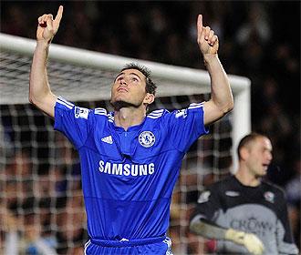 Lampard celebra uno de sus dos goles.