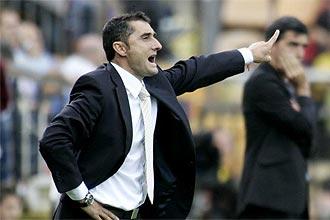 Ernesto Valverde da instrucciones durante el partido ante el Málaga