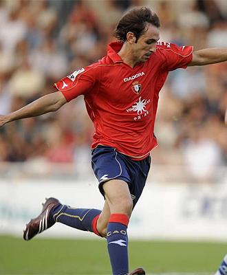 Juanfran, durante un partido con Osasuna, en una imagen de archivo