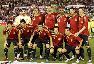 Iker Casillas, Carles Puyol, Fernando Torres, David Villa y Xavi Hernández con España